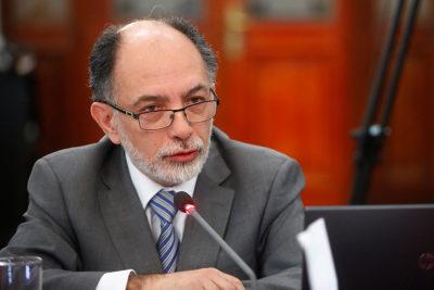 """Muñoz apela al """"derecho a la vida"""" por críticas a fallos sobre medicamentos e isapres"""