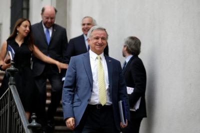 """Ministro Larraín: """"El país crece, está en marcha, con una inflación controlada"""""""