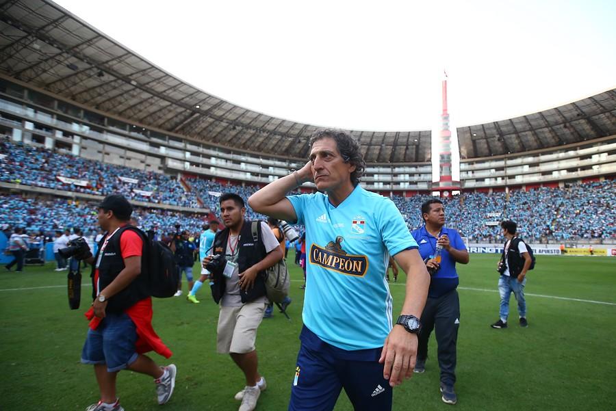 """""""Mario Salas ya tendría acordado su salario para llegar a Colo Colo"""""""