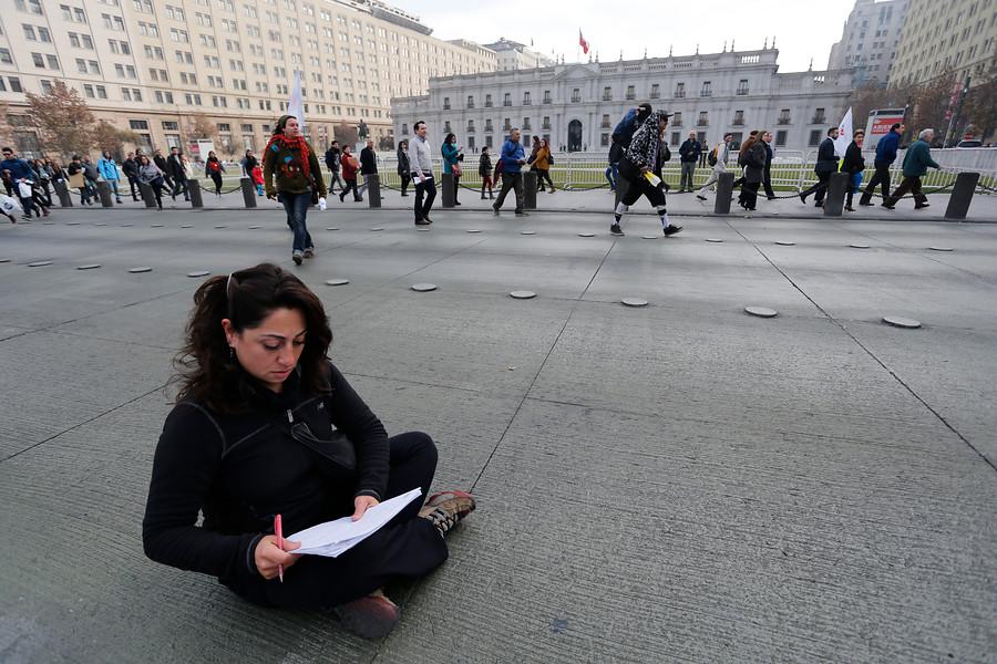 """""""INJUV lanza concurso de microrrelatos con premios de hasta $550 mil"""""""