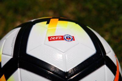 Clubes chilenos buscarían regreso de 7 extranjeros y torneos cortos con playoffs