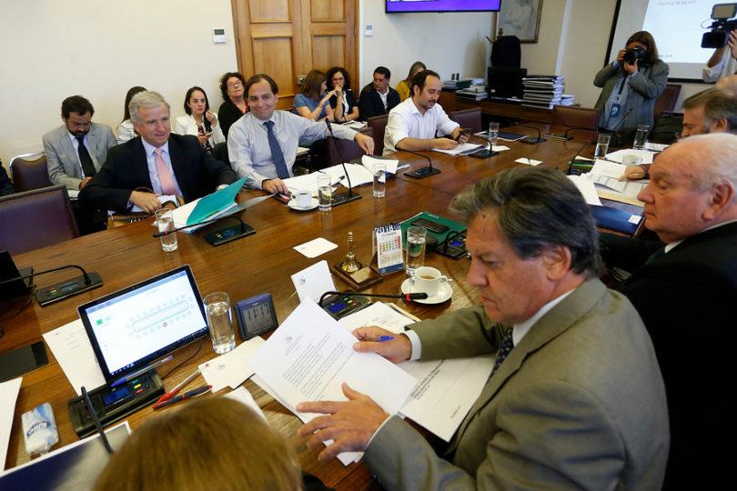 Ingresó a la Cámara proyecto de reajuste de sector público: hoy se verá en sala