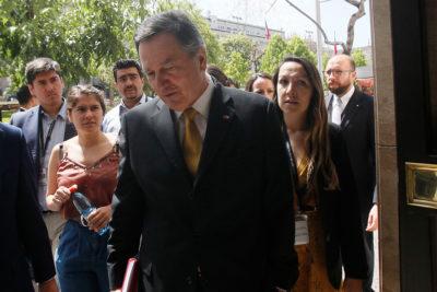 Gobierno remueve a cónsules investigados de tráfico de inmigrantes