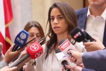 """Diputada Núñez hacer arder al bacheletismo: ex Presidenta apoya a la ONU """"porque le paga el sueldo"""""""
