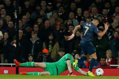 Alexis Sánchez viajó con plantel del Manchester United a Barcelona y alista su regreso
