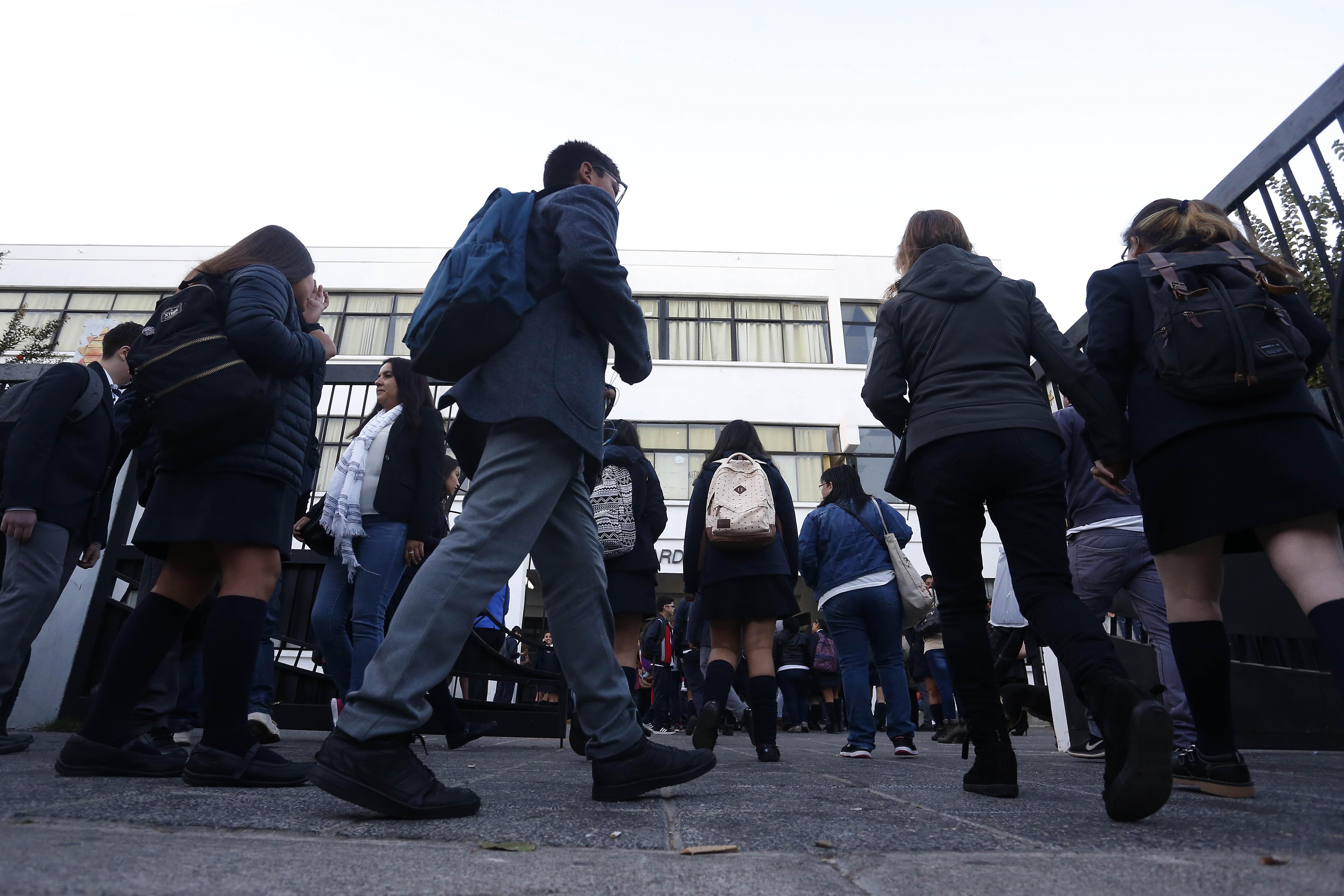 """""""Corte de Apelaciones acoge recurso por emanación de gases en colegios"""""""