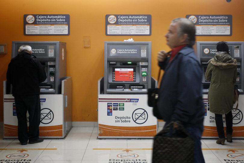 CuentaRut bajará cobro de uno de sus servicios pero perjudicará a quienes usen cajeros de otros bancos