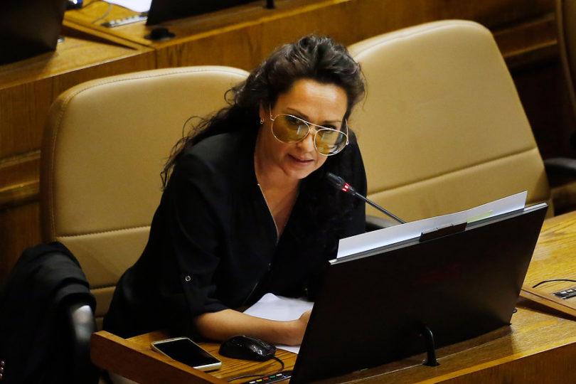 Comisión de Ética acoge denuncia de la UDI contra Marisela Santibáñez