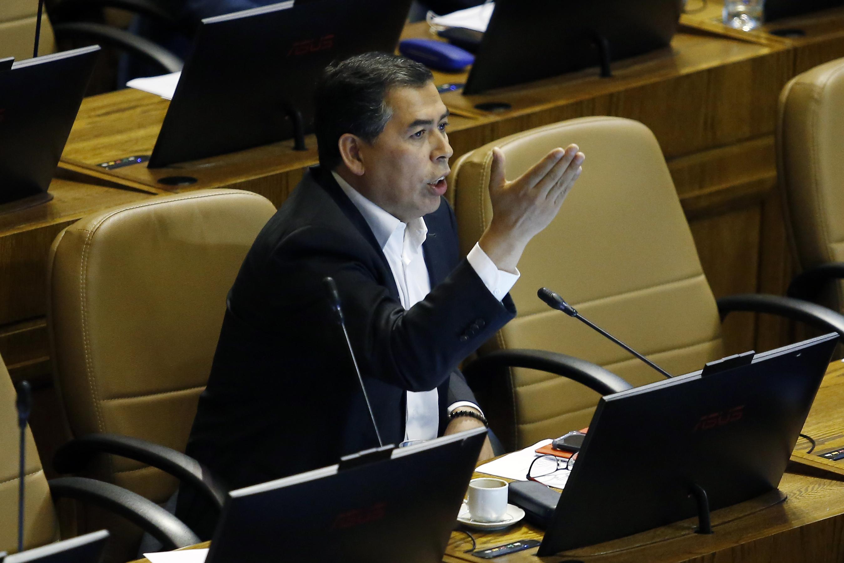 """""""Diputado Leo Soto acusa de"""
