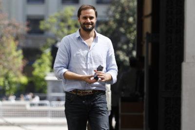 Jaime Bellolio hace guiño a Evópoli y mantiene en suspenso su futuro político