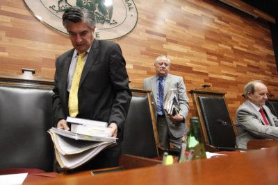 Senadores se enfrentarán al TC por objeción de conciencia institucional