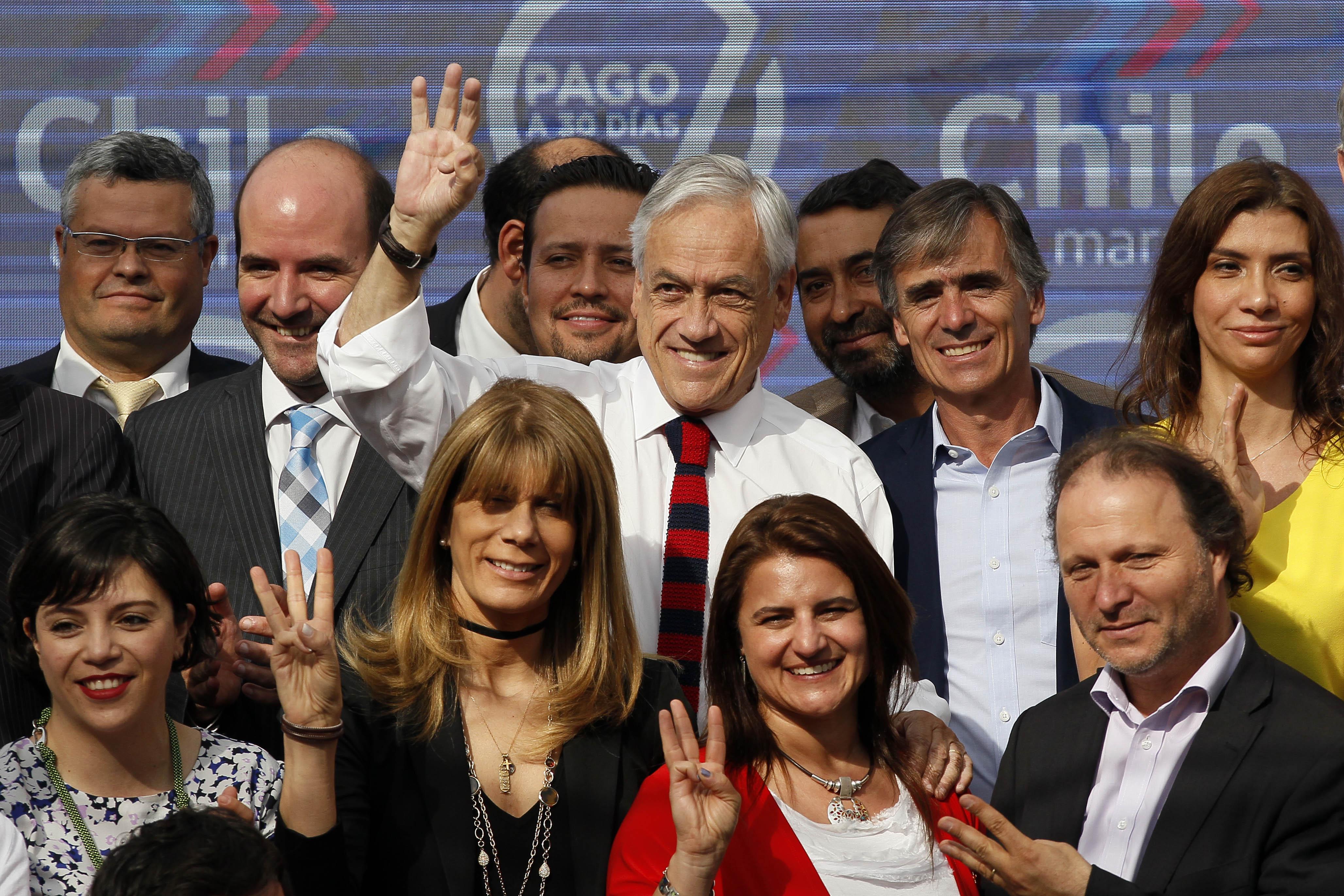 """""""Presidente Piñera promulga ley de"""