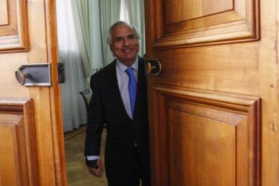 """""""Adiós, Chimuelo"""": Partido Liberal se cuelga del viral del momento para exigir un """"acto de decencia"""" de Chadwick"""