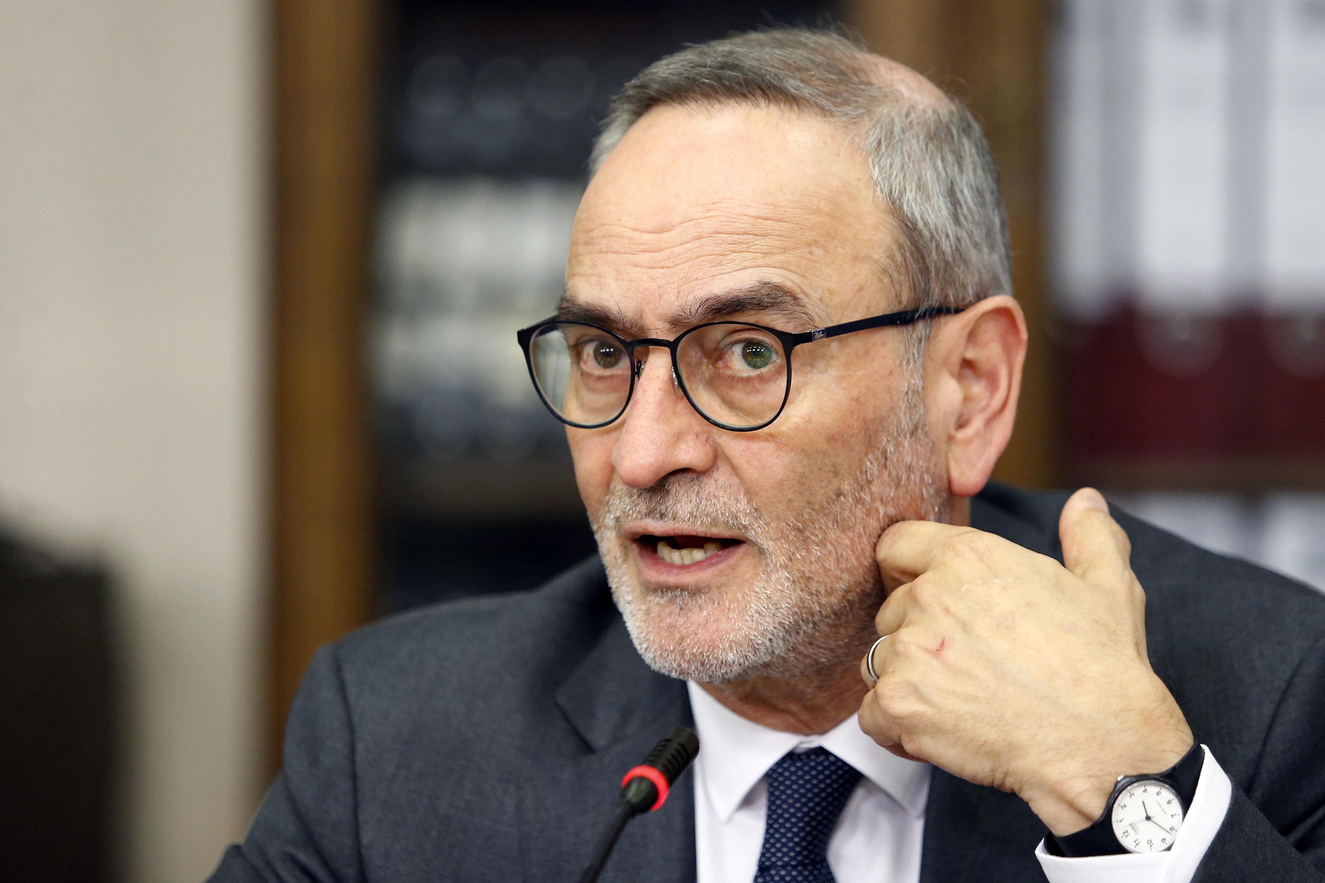 "Saffirio emplaza a Frei Ruiz-Tagle por ""renunciar"" a investigar muerte de su padre: ""Mi respeto a ex senadora Carmen Frei"""