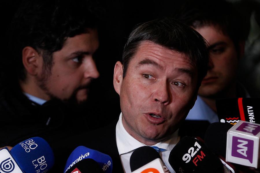 """Comisión investigadora responsabilizó a ex ministro Marcelo Mena por contaminación en Quintero"""