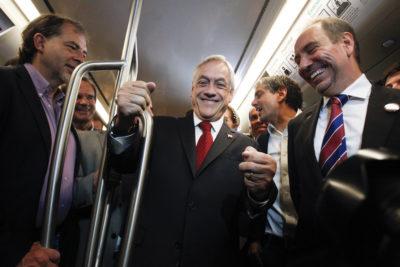 """Piñera hizo un llamado a la ciudadanía a """"castigar"""" a quienes dañen los trenes de la nueva Línea 3"""