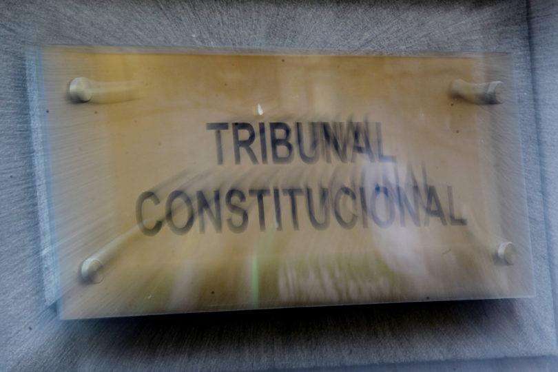 CDE, Corte Suprema y mujer que sustrajo a su hijo en Suiza se enfrentan en el TC