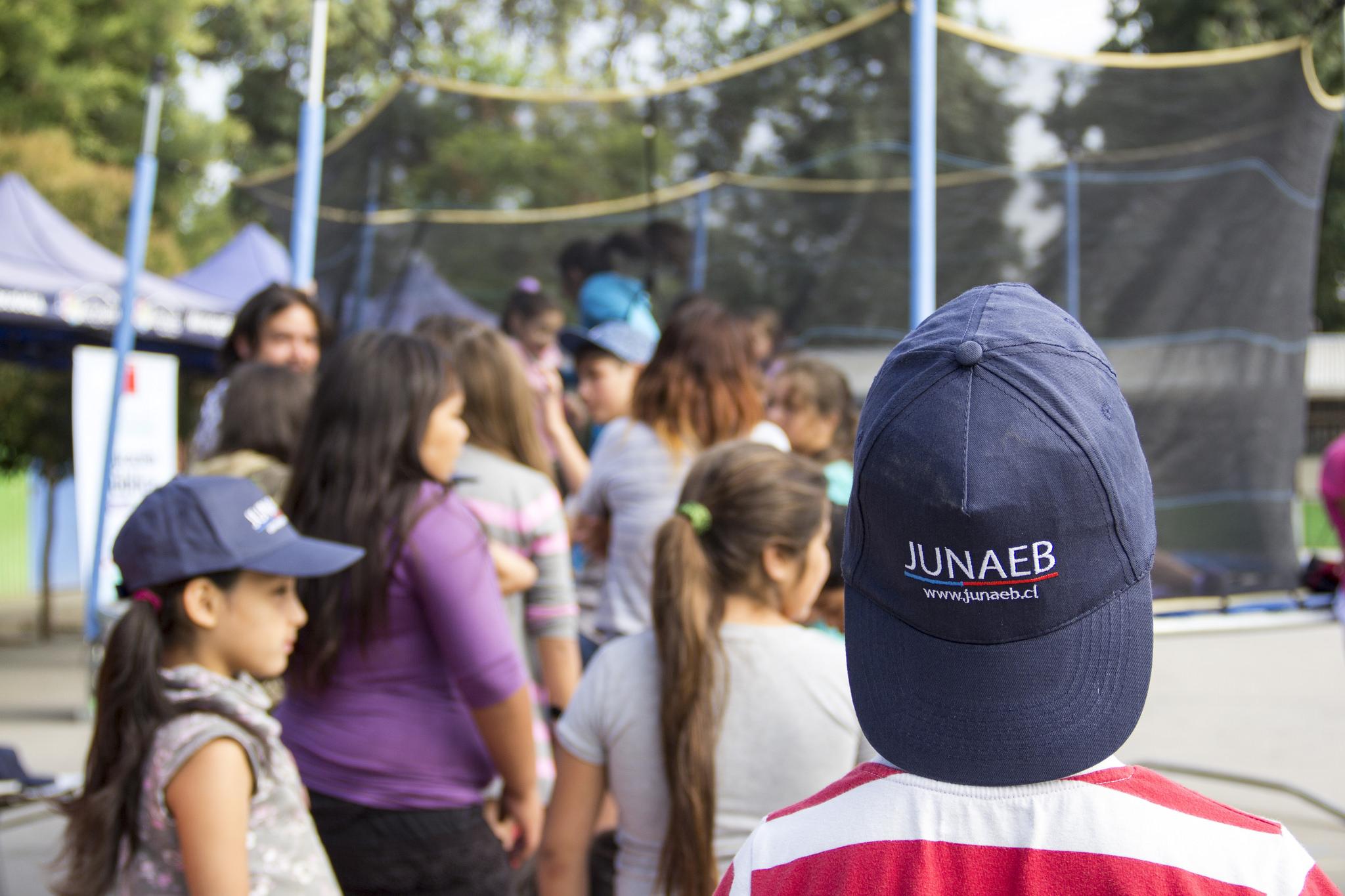 Niños de centros del Sename participan en programas de verano de Junaeb