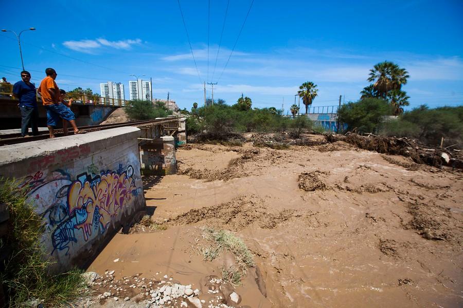 Alerta amarilla en Arica por peligro de aluviones y derrumbes