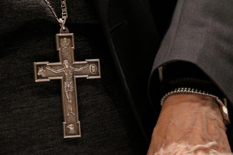 Ex nuncio apostólico en Chile es acusado de abuso en Francia