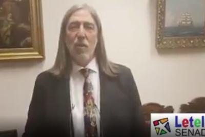 VIDEO | Pablo Mackenna y Felipe Bianchi hacen bolsa al senador Letelier por delirante proyecto de ley