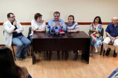 """Colegio de Profesores denuncia """"operación sabotaje"""" en cerca de 500 despidos"""