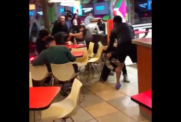 Brutal pelea se registró en McDonalds de Viña del Mar