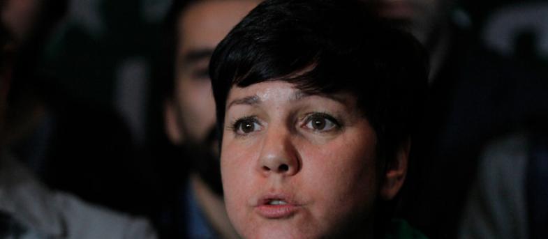 """Javiera Parada responde a senador Latorre (RD) : """"Usted hoy perdió un pedazo de su dignidad"""""""
