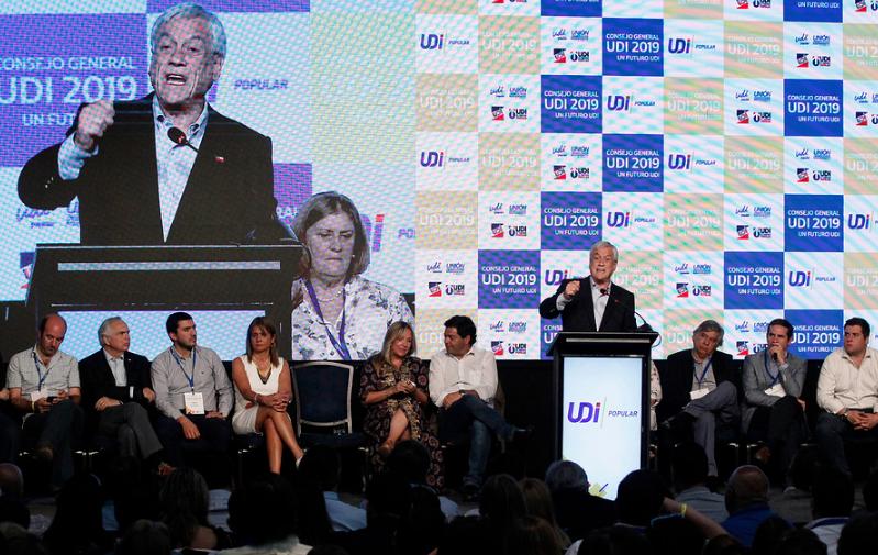 """""""Piñera invocará Ley de Seguridad del Estado por accidente en Ruta 5 Sur"""""""