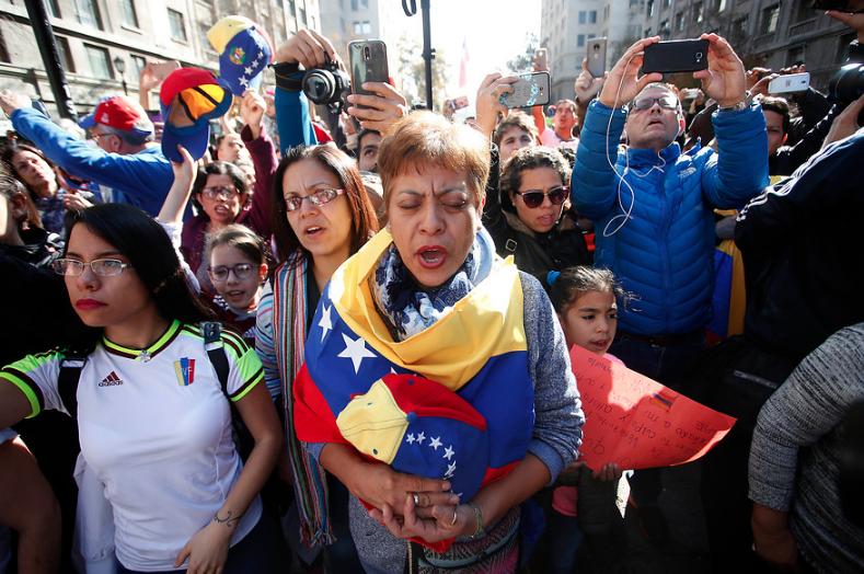 """Comentada columna de historiador argentino: """"Con Venezuela, la izquierda latinoamericana se está suicidando"""""""