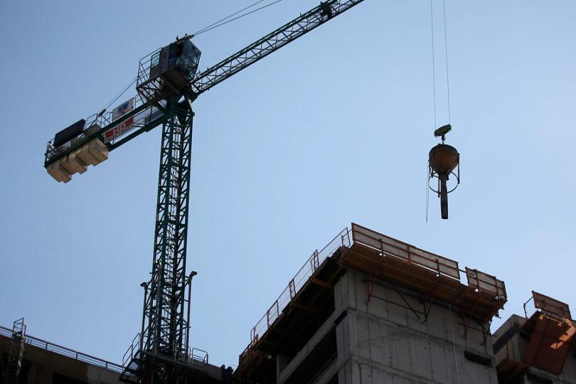 SMA ordena medidas provisionales para construcción de edificio en Providencia