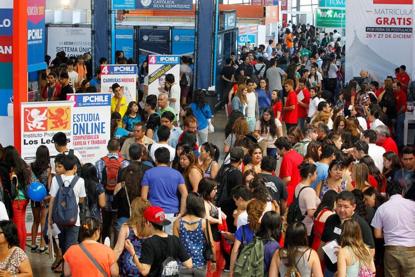 Presentan proyecto para eliminar del Dicom deudas por educación