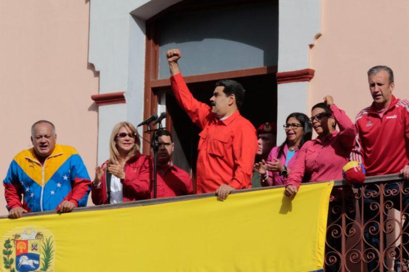 El Salvador respalda a Nicolás Maduro y pide diálogo con Venezuela