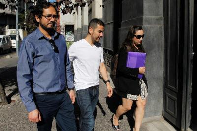 """Autores de """"Nicolás tiene dos papás"""" presentan recurso legal para casarse"""