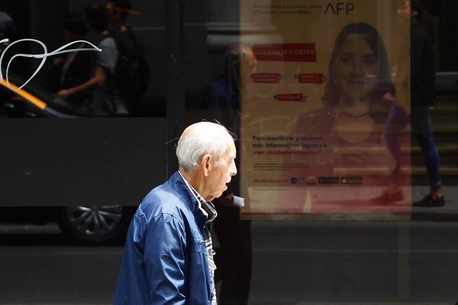 Las 10 exigencias de la oposición a Piñera para destrabar Reforma de Pensiones