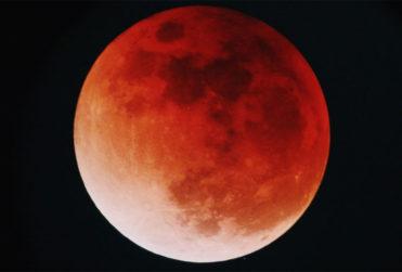 Eclipse lunar, superluna y luna de sangre: tres fenómenos astronómicos se verán este domingo