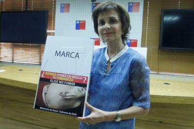 Minsal presenta nuevas advertencias para las cajas de cigarros