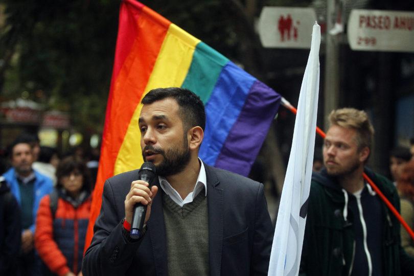 Gobierno y Movilh lanzan protocolo para personas trans en situación de calle