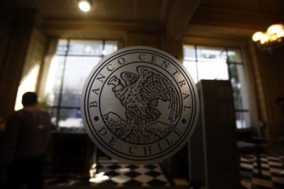 Fuerte caída de la economía nacional: Imacec de febrero fue de solo 1,4%