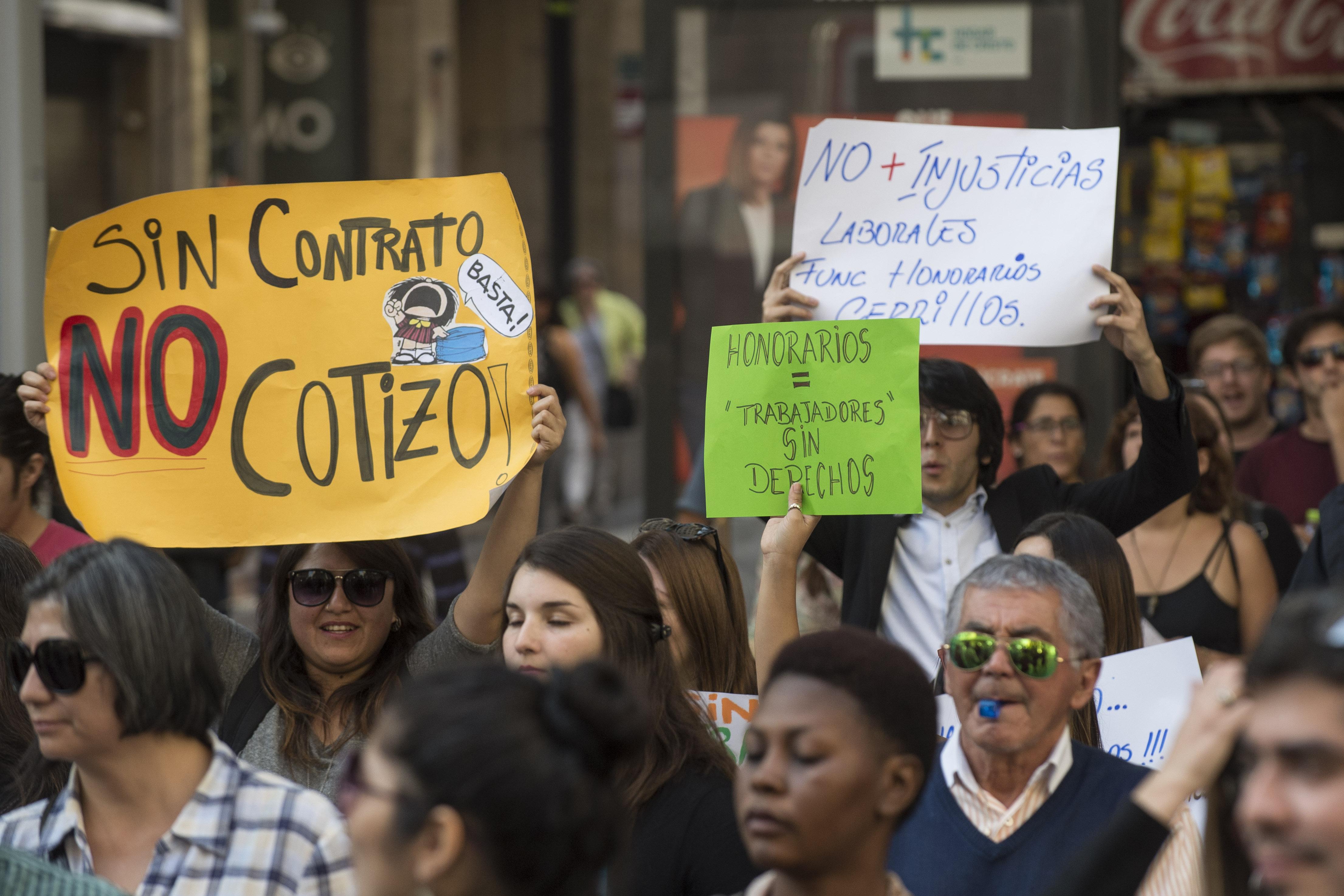 Trabajadores a honorarios del Estado podrán acceder a cotizaciones e indemnización