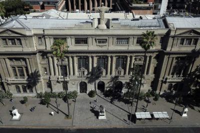 Universidades chilenas escalan varios puestos en ranking mundial sobre rendimiento