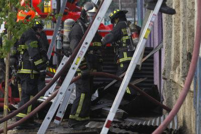 Hombre herido de gravedad en ambas piernas por explosión en Estación Central