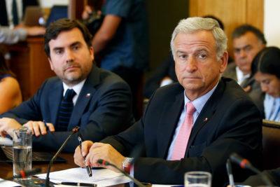 Hacienda anuncia retroceso económico si no se aprueba su reforma tributaria