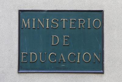 Mineduc conocía vínculo de Raimundo Larraín con Corporación Santo Tomás desde marzo de 2018