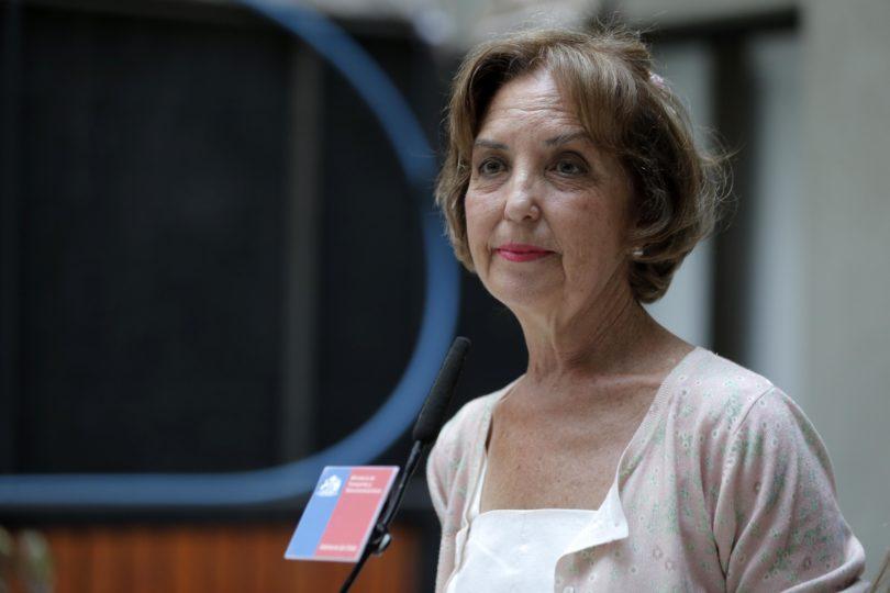 """Proyectan que Ministra Hutt puede """"pillar"""" a Felipe Kast en aprobación y el senador responde: """"Yo amo a Queen Gloria"""""""