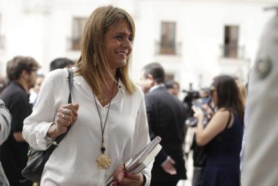 Revelan whatsapp de Van Rysselberghe quejándose con Paulina Núñez por su crítica a subsecretario Castillo