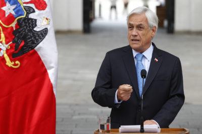 """Piñera asegura que reforma va a mejorar pensiones """"desde el primer día que esté aprobada"""""""