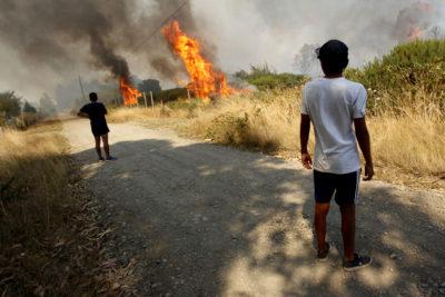 """Padre de menor acusado de iniciar incendios en Coronel: """"Yo meto las manos al fuego por él"""""""