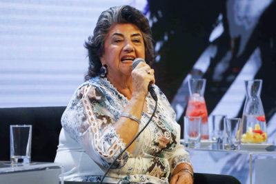 Alcaldesa Reginato evita la alfombra roja en Festival marcado por cuestionamientos a su gestión en Viña