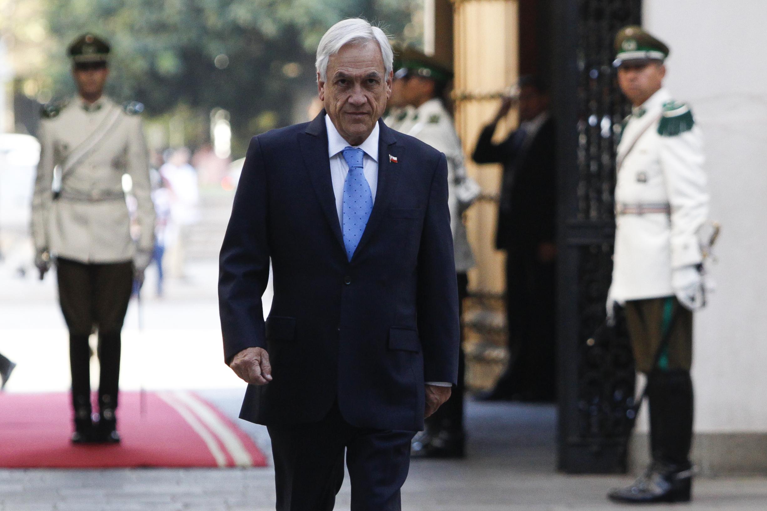 """Piñera lamenta muerte de Benítez: """"Gran mujer, cariñosa amiga y notable ministra"""""""